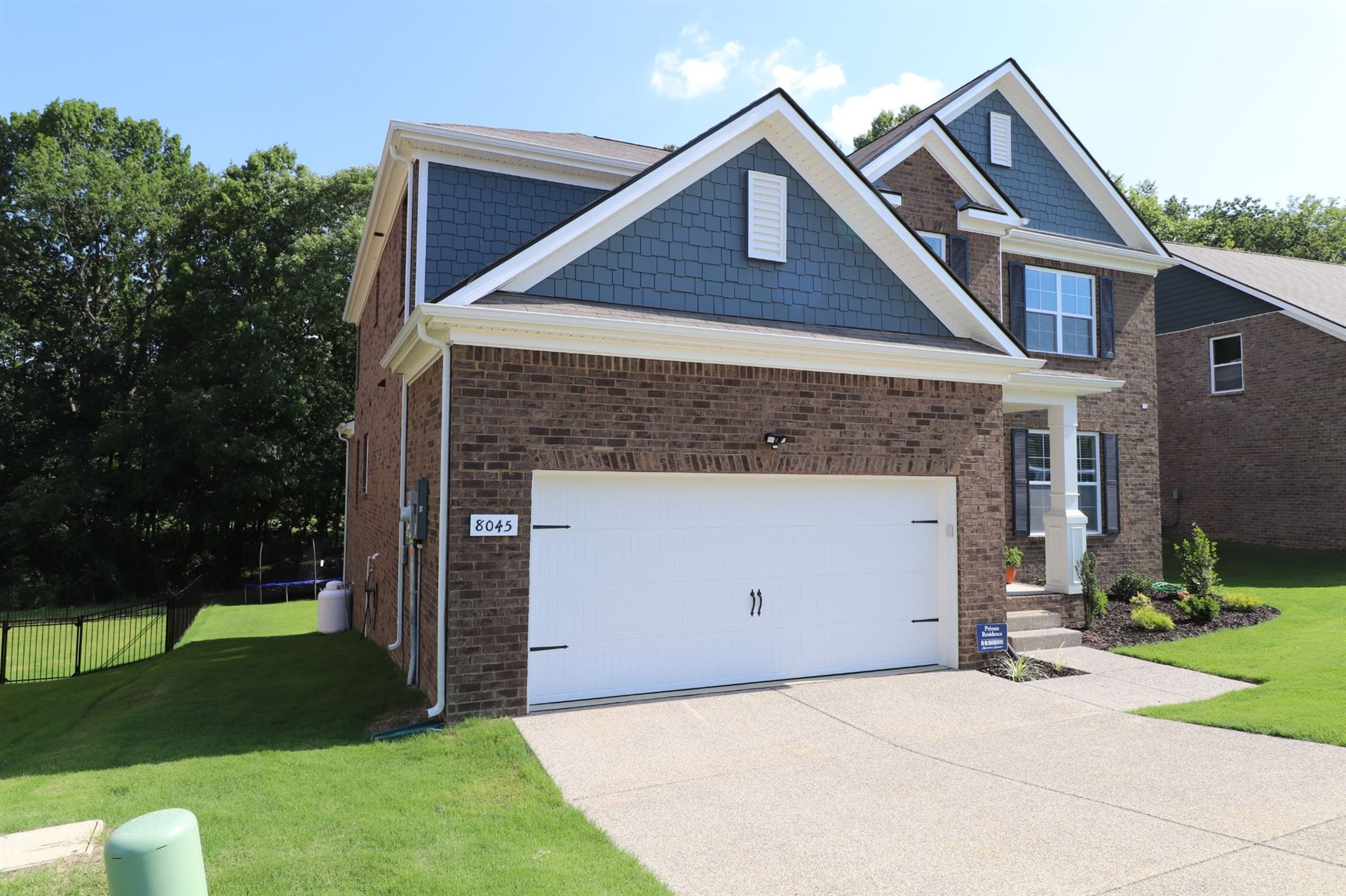 Photo of 8045 Forest Hills Dr, Spring Hill, TN 37174 (MLS # 2122266)