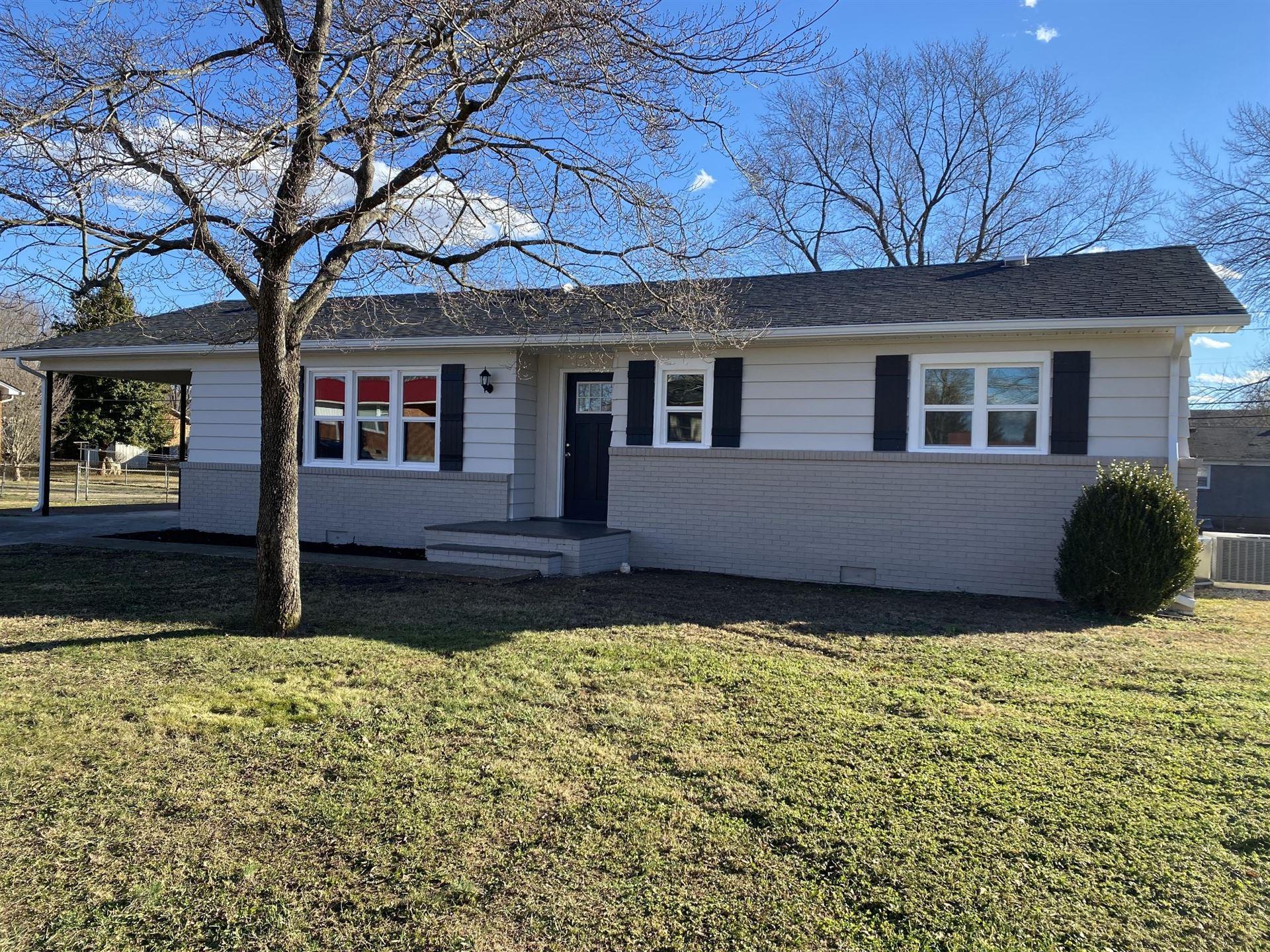 213 Clayton St, Lawrenceburg, TN 38464 - MLS#: 2221267