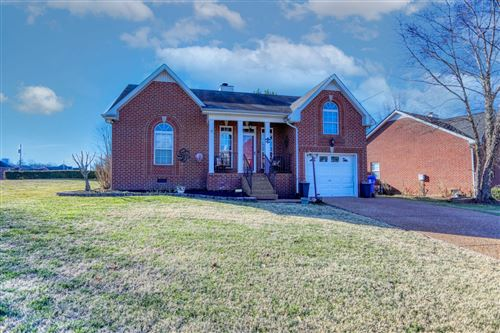 Photo of 316 Lone Oak Dr, White House, TN 37188 (MLS # 2222270)