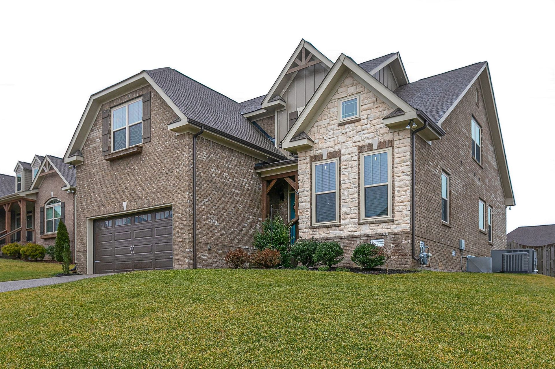 Photo of 5006 Speight St, Spring Hill, TN 37174 (MLS # 2232271)