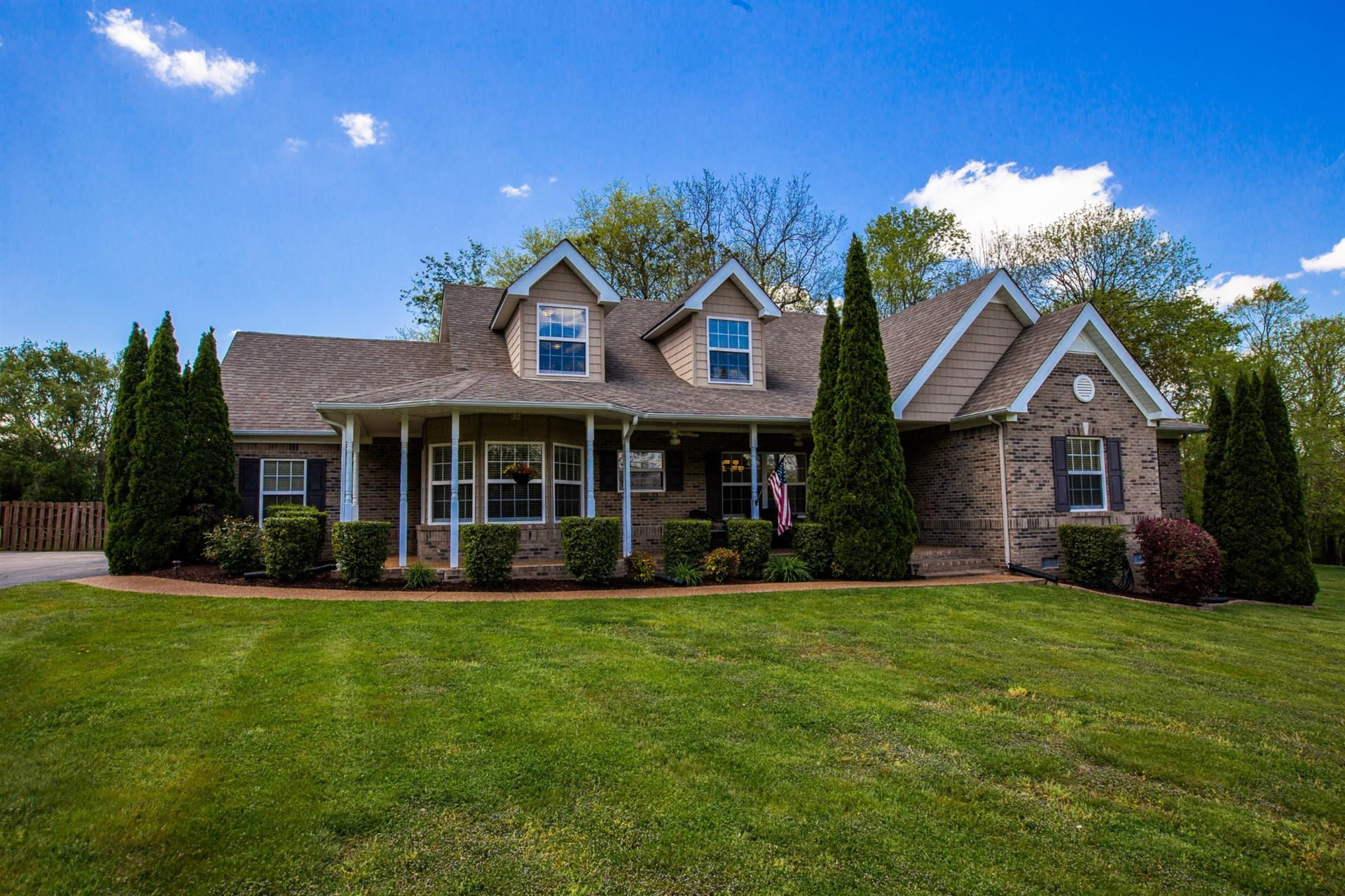Photo of 1808 Holden Ct, Spring Hill, TN 37174 (MLS # 2243271)