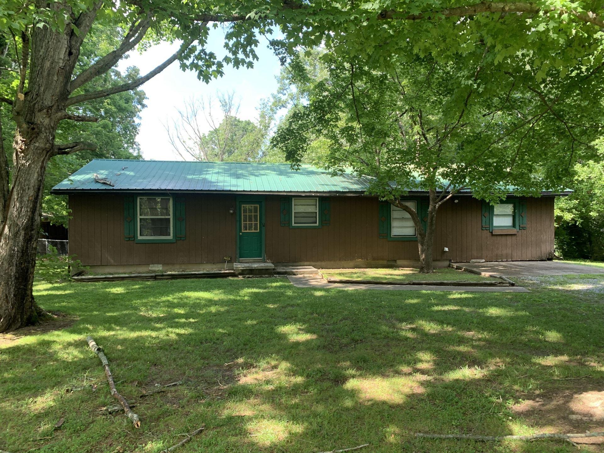 1205 Johnson St, Burns, TN 37029 - MLS#: 2262273