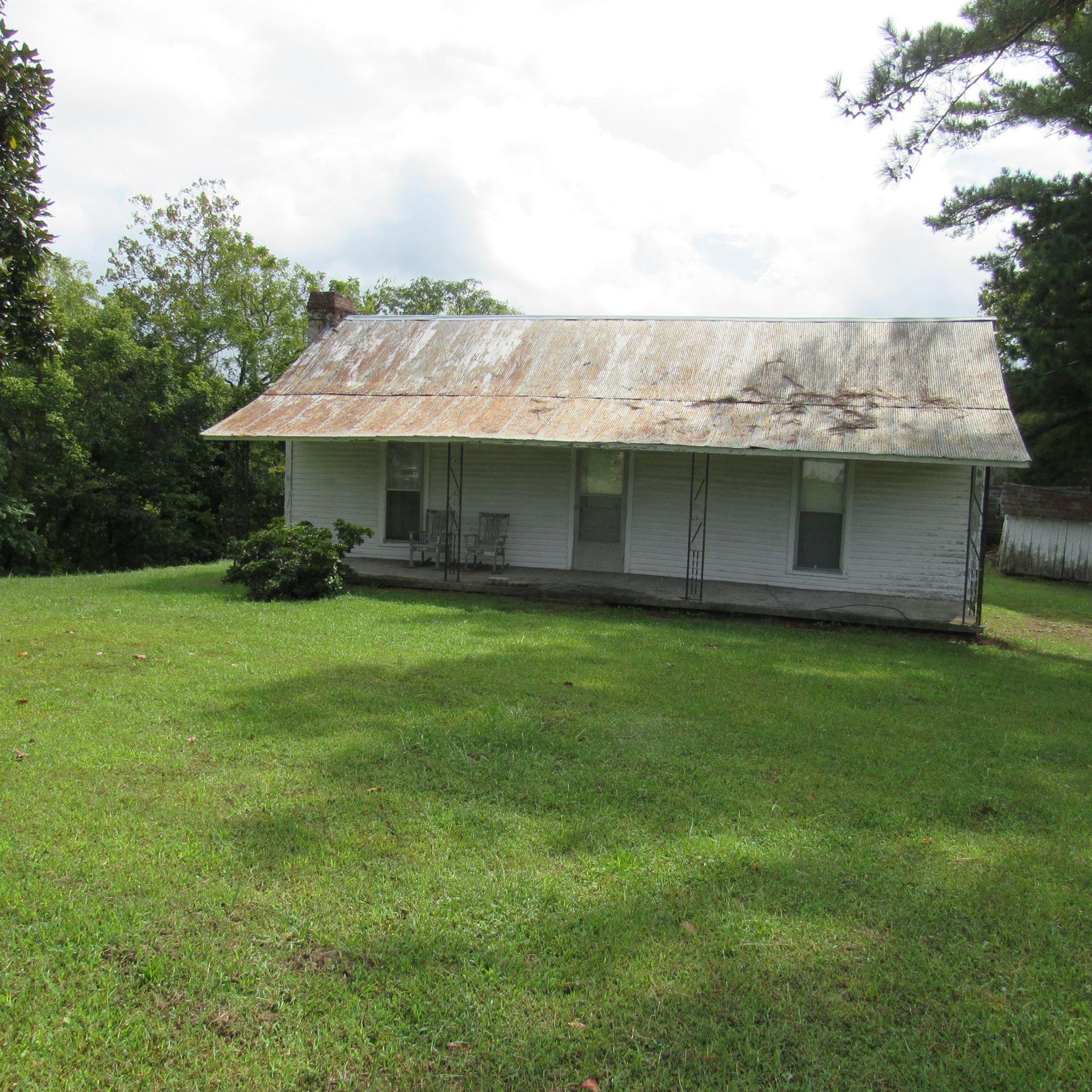 Photo of 462 Pea Ridge Rd. E, Elmwood, TN 38560 (MLS # 2293273)