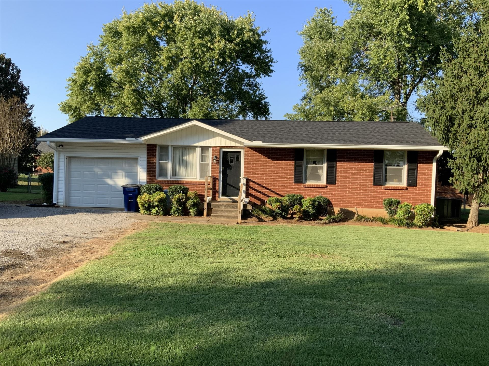 110 Nathan St, Chapel Hill, TN 37034 - MLS#: 2300275
