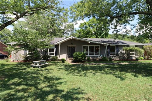 Photo of 902 Neuhoff Ln, Nashville, TN 37205 (MLS # 2166278)