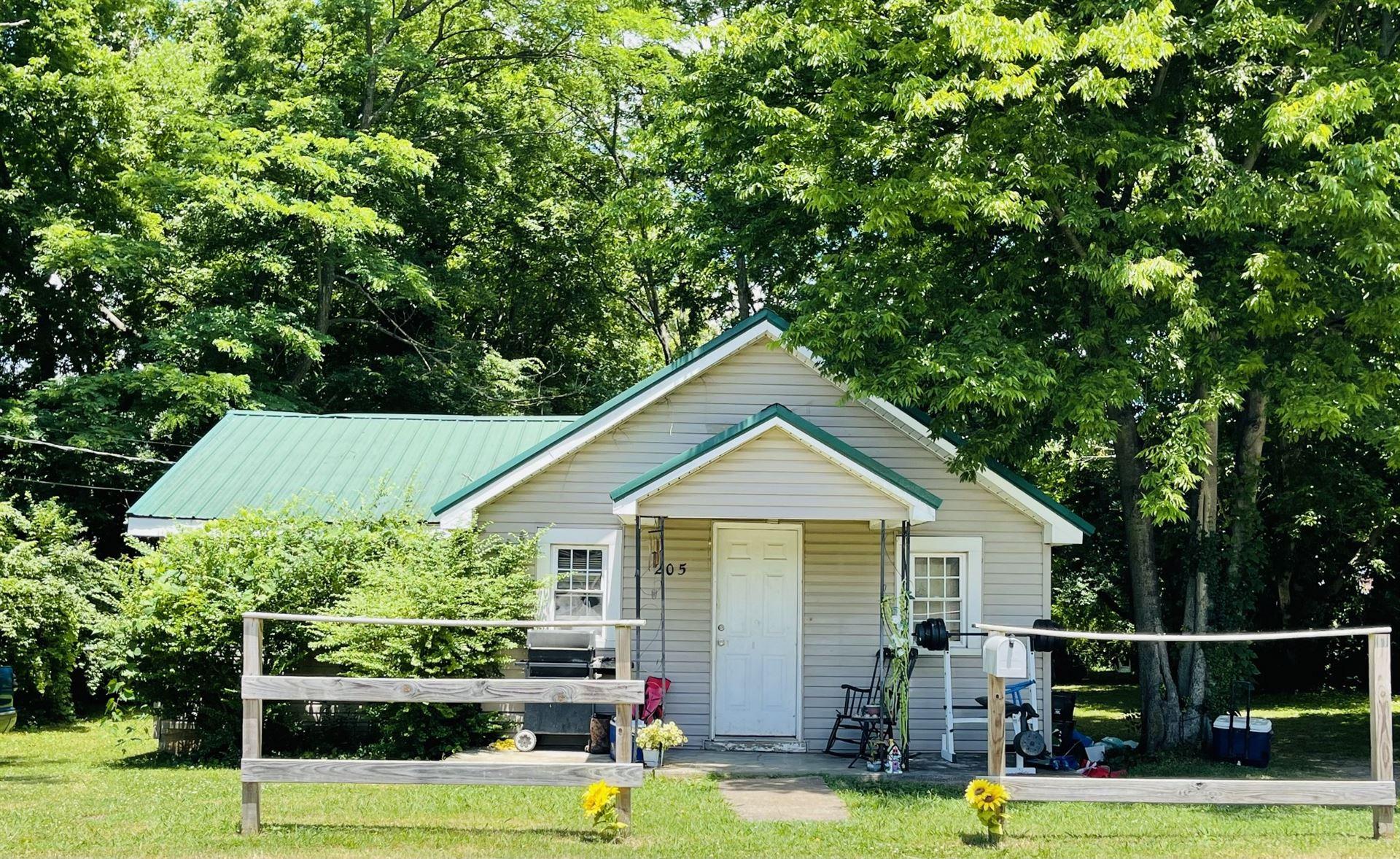 205 Oak St, Portland, TN 37148 - MLS#: 2265282