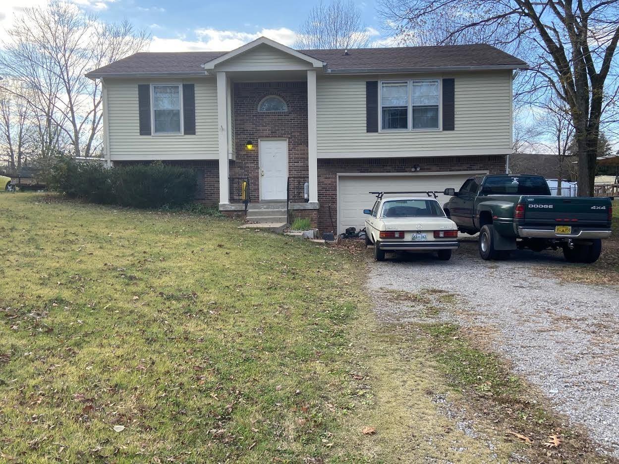 437 Bluff Dr, Clarksville, TN 37043 - MLS#: 2207286