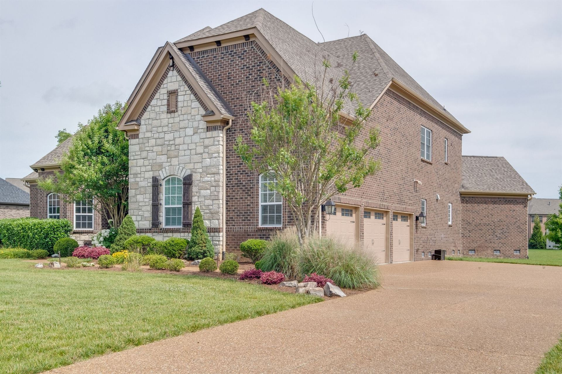 Photo of 9490 Elgin Way, Brentwood, TN 37027 (MLS # 2205302)