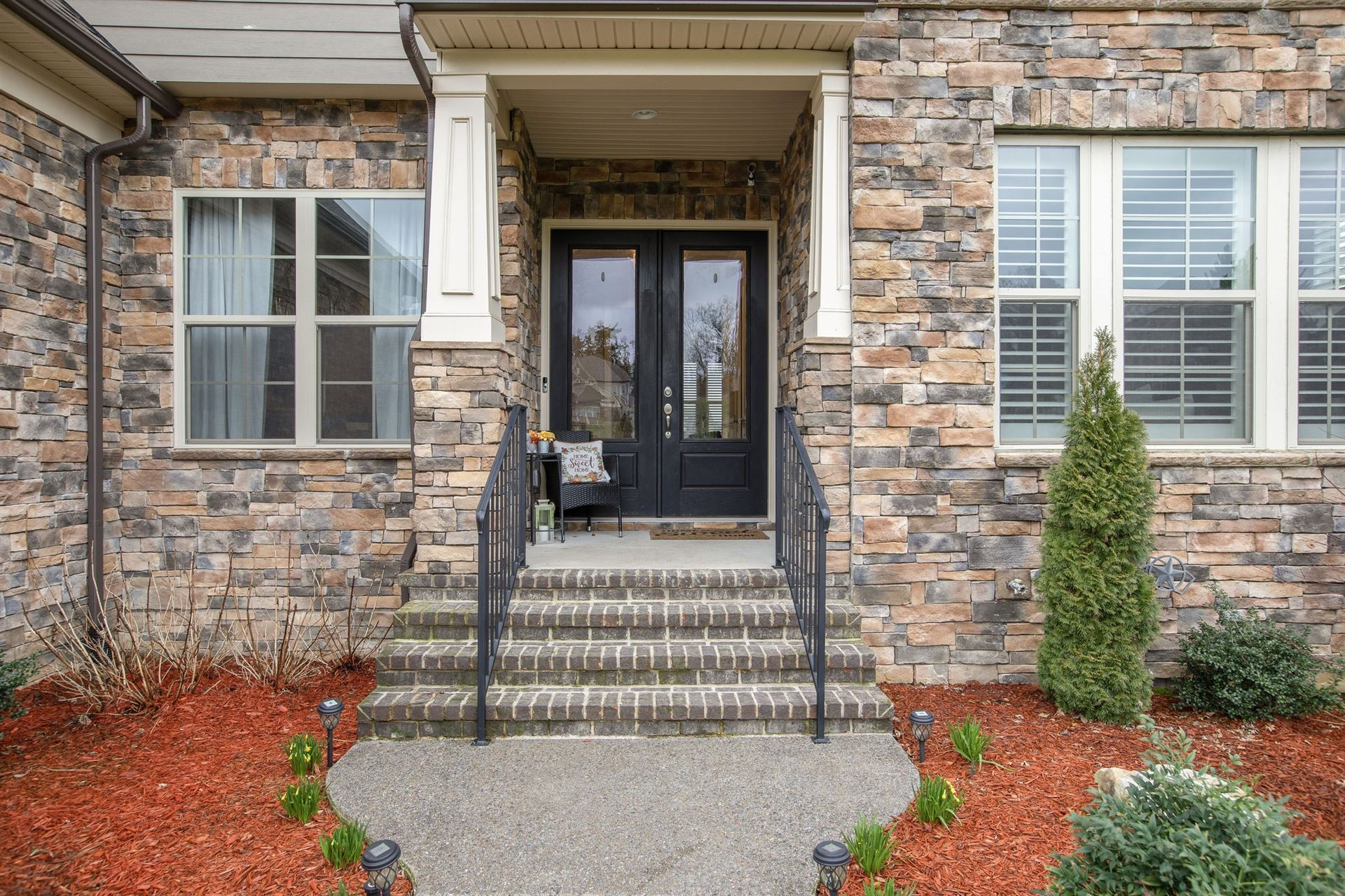 Photo of 9535 Whitby Crest Ct, Brentwood, TN 37027 (MLS # 2123306)