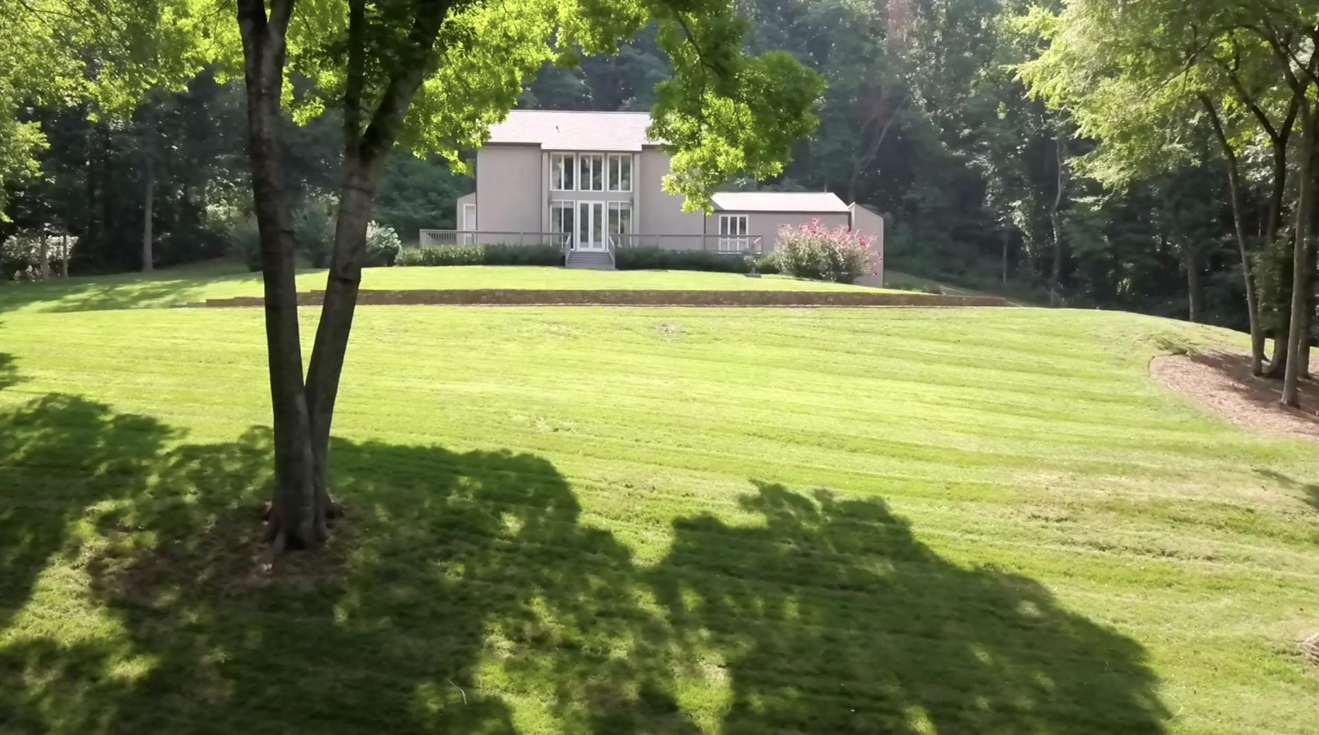 Photo of 4370 Chickering Ln, Nashville, TN 37215 (MLS # 2280306)