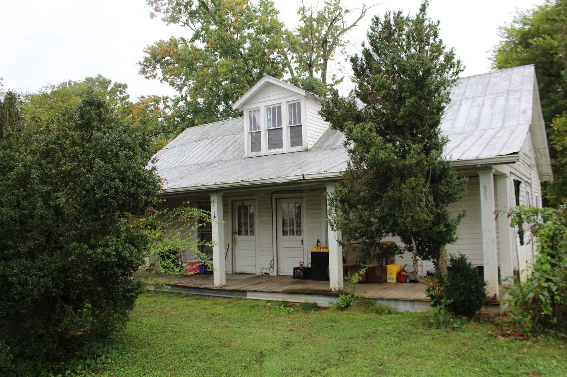 301 Red Rd, McMinnville, TN 37110 - MLS#: 2192309