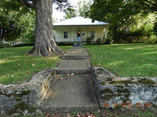 Photo of 417 E Jefferson St, Pulaski, TN 38478 (MLS # 2193316)