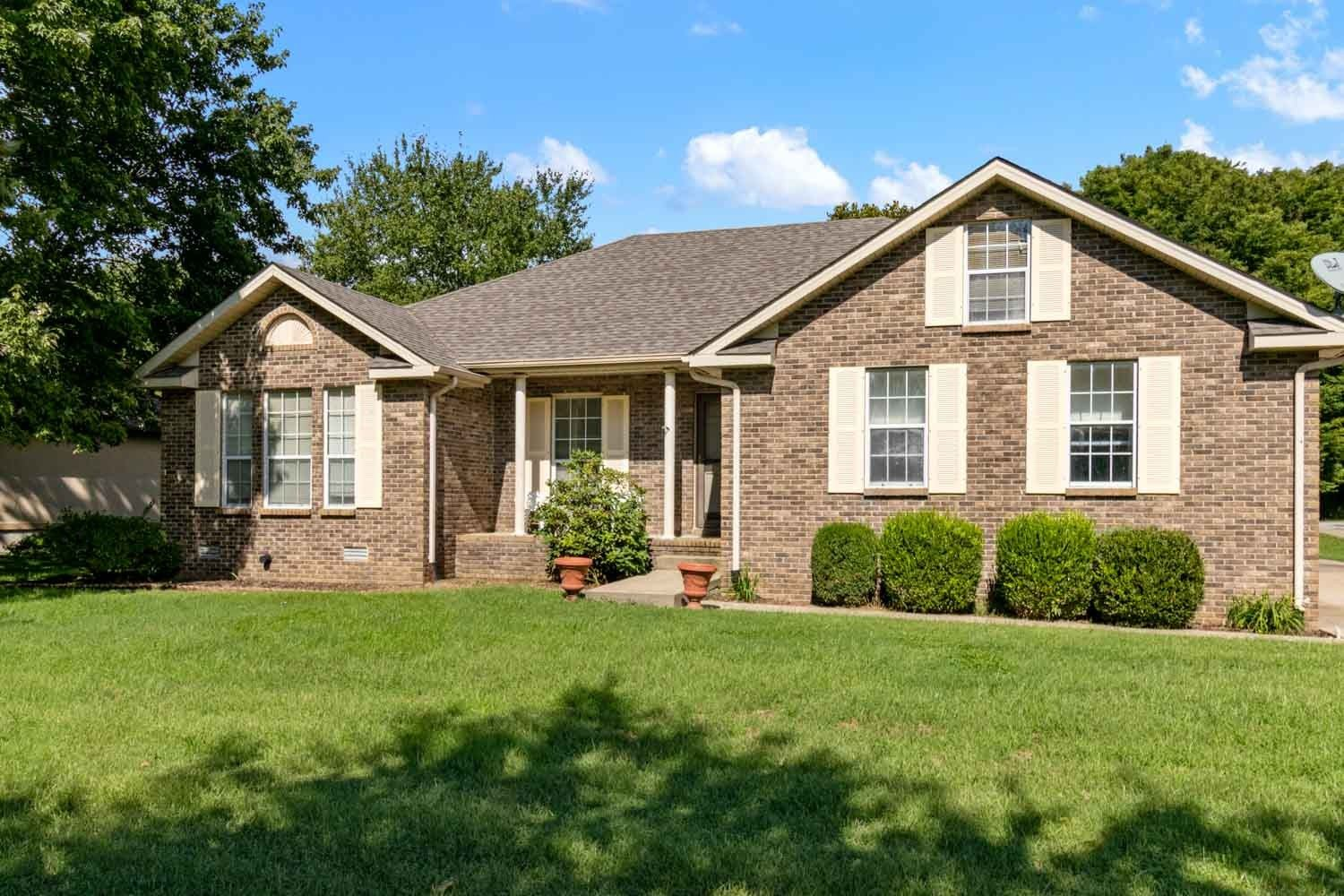 2721 Learcrest Ct, Thompsons Station, TN 37179 - MLS#: 2294318