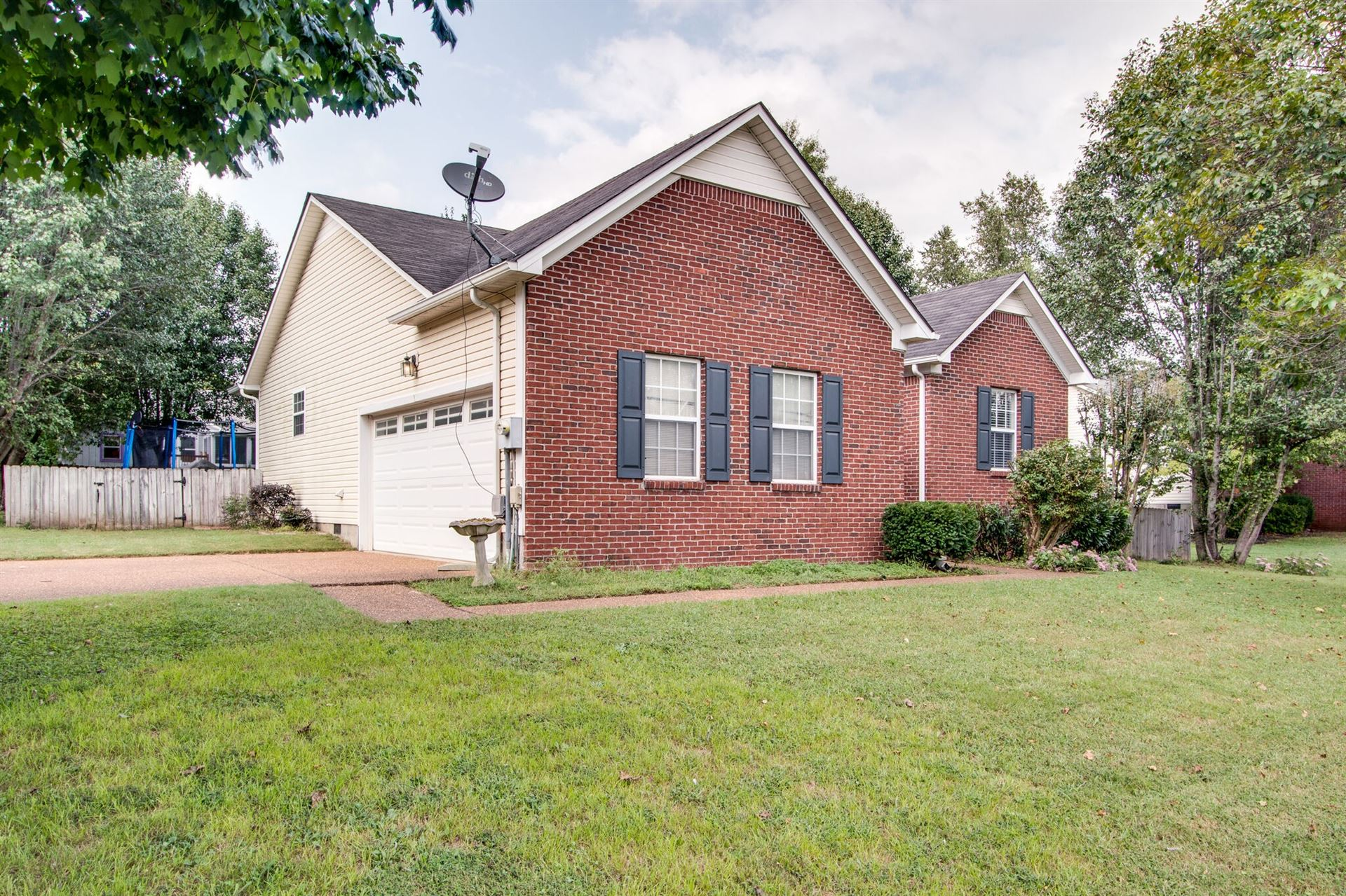 Photo of 2980 Augusta Trace Dr, Spring Hill, TN 37174 (MLS # 2190326)