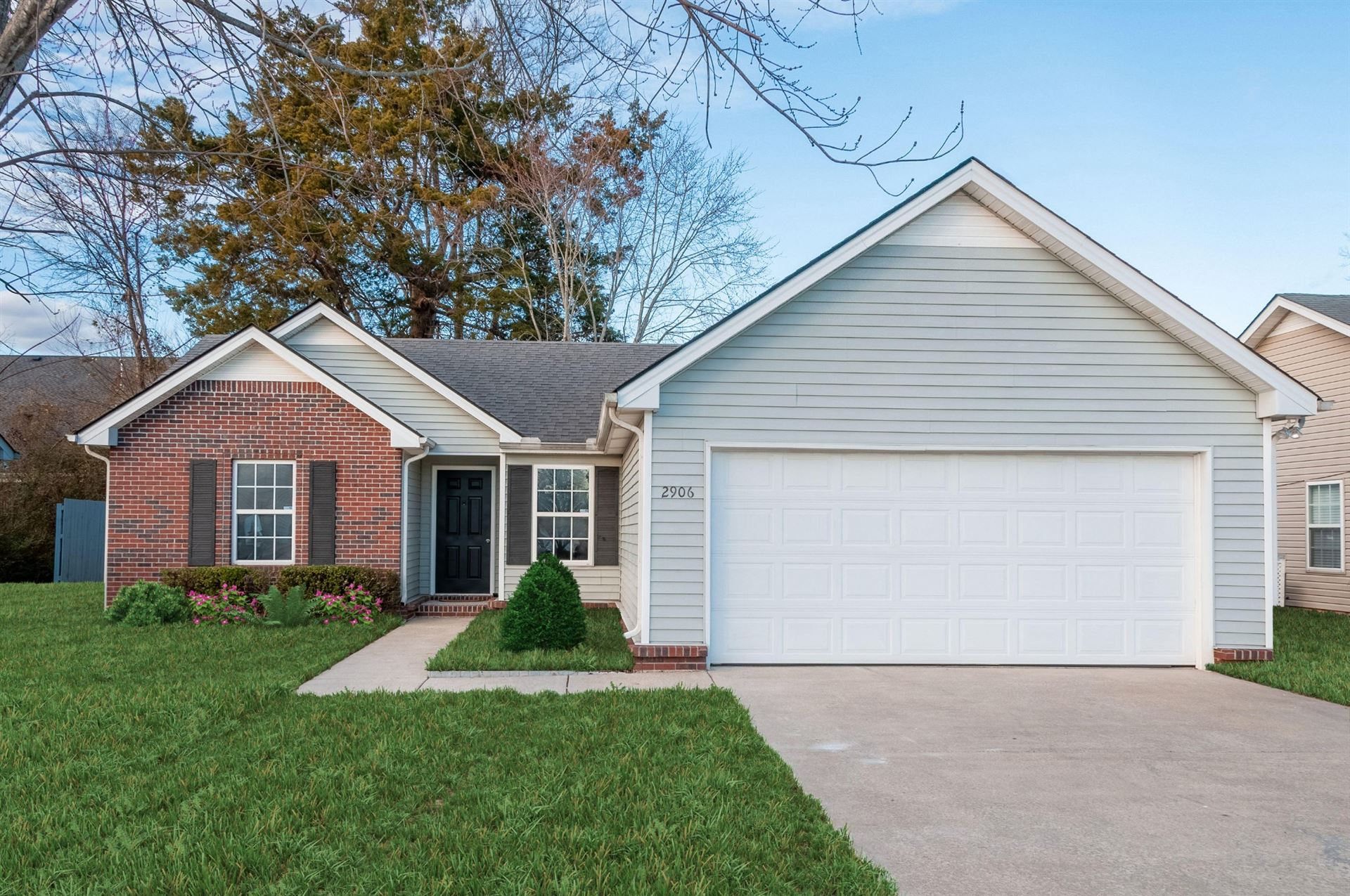 Photo of 2906 Roscommon Dr, Murfreesboro, TN 37128 (MLS # 2222335)