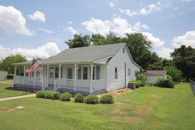 Photo of 2414 Central Blvd, Murfreesboro, TN 37130 (MLS # 2244340)