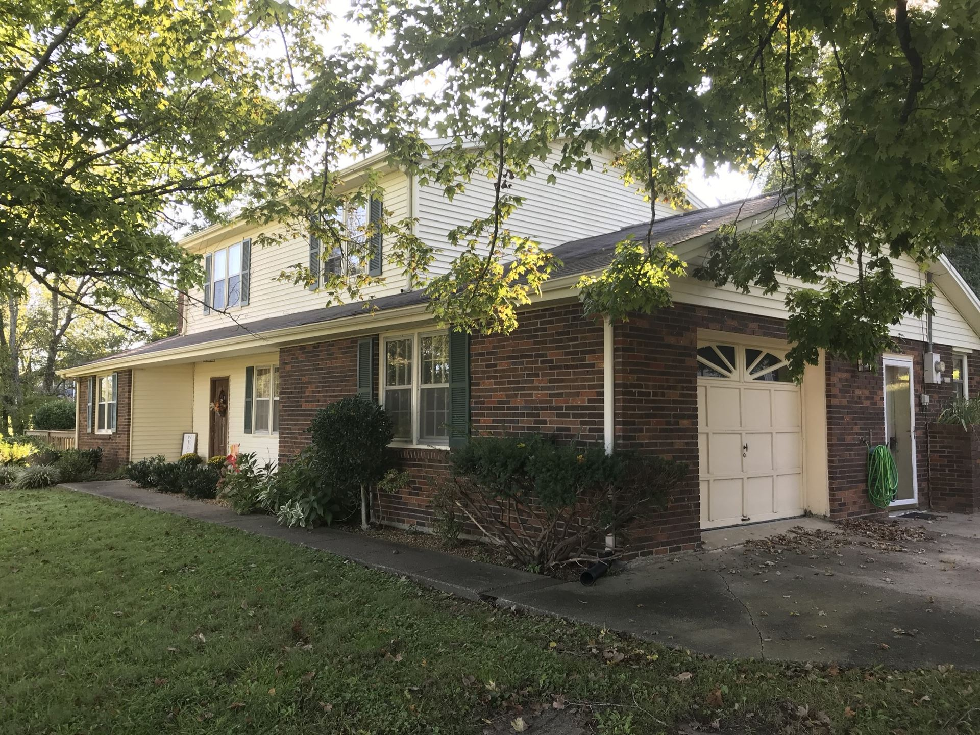 2037 Ridgecrest Cir, Dickson, TN 37055 - MLS#: 2189344