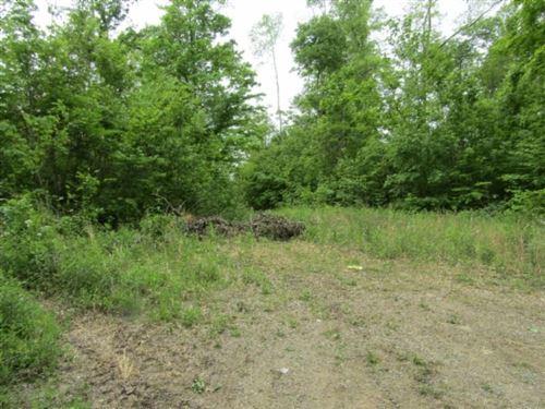 Photo of 2 White Oak Ridge, Celina, TN 38551 (MLS # 2193354)