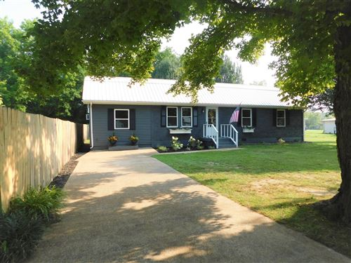 Photo of 303 Forrest Ave, Hohenwald, TN 38462 (MLS # 2275354)