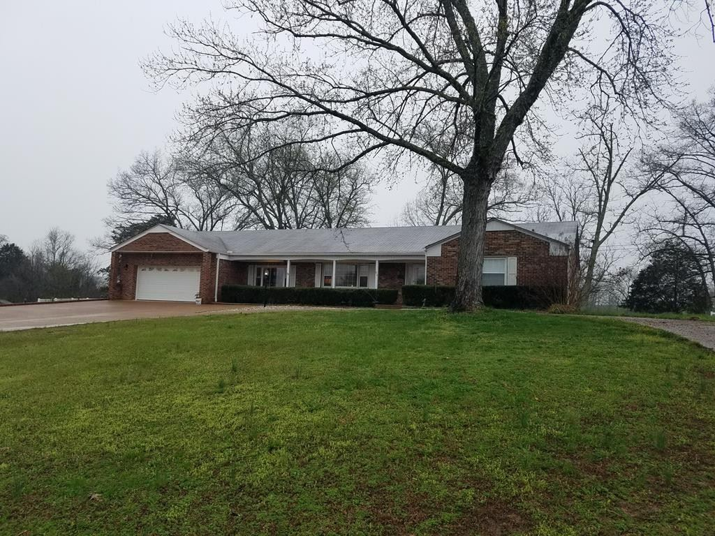 Photo of 186 Oakdale Ln, Sparta, TN 38583 (MLS # 2156358)