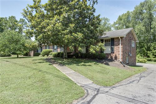 Photo of 933 Percy Warner Blvd, Nashville, TN 37205 (MLS # 2167362)