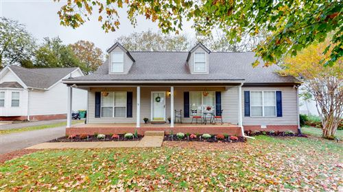Photo of 2711 Cash Ct, Thompsons Station, TN 37179 (MLS # 2202365)