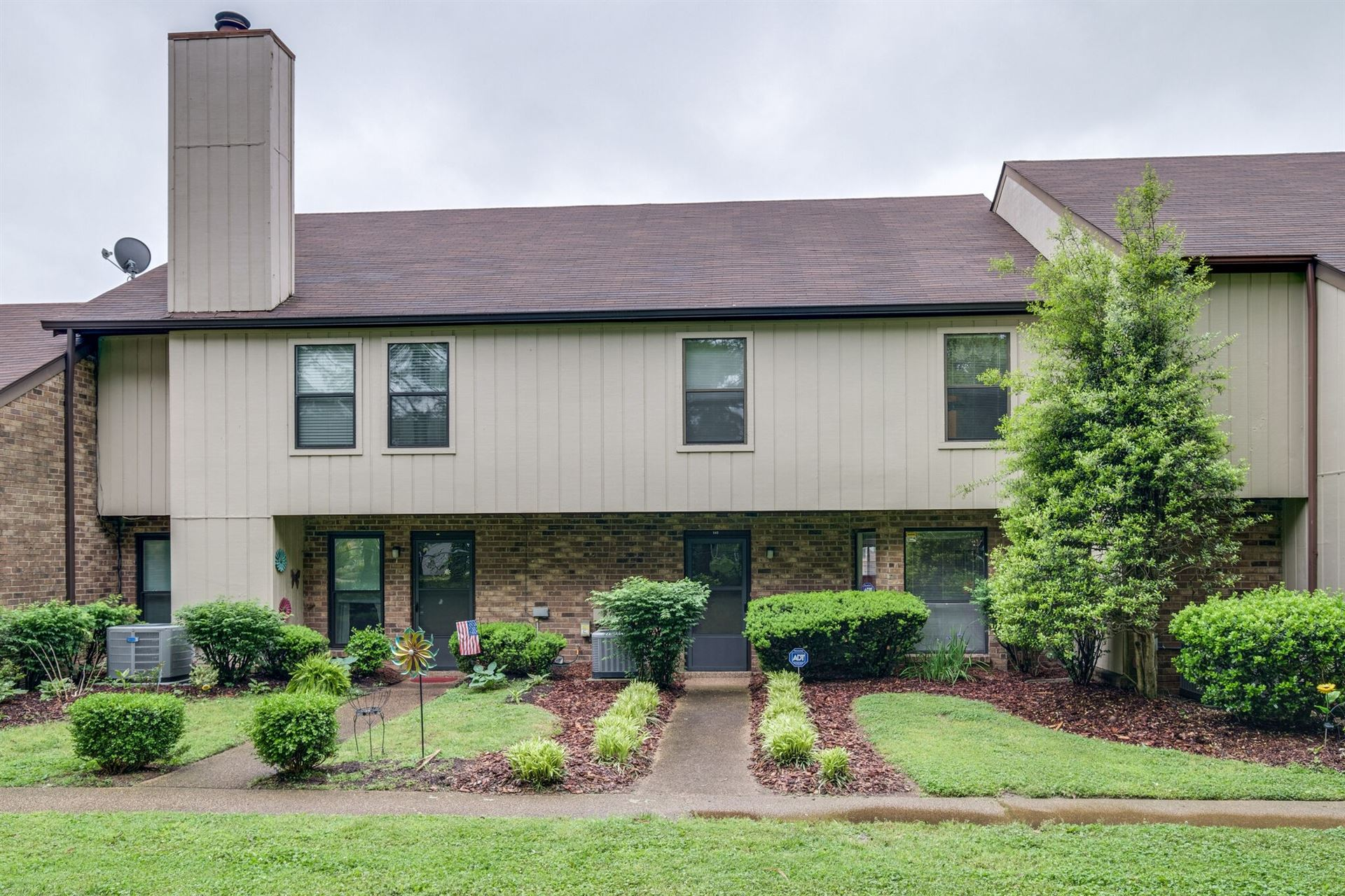 940 Old Fountain Ct, Hermitage, TN 37076 - MLS#: 2250368