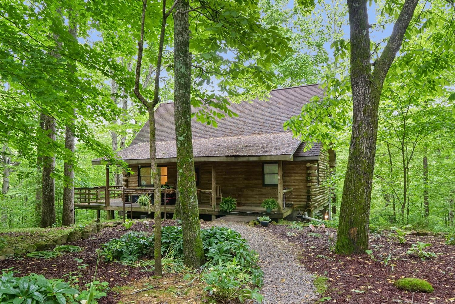 Photo of 5216 Waddell Hollow Rd, Franklin, TN 37064 (MLS # 2253369)