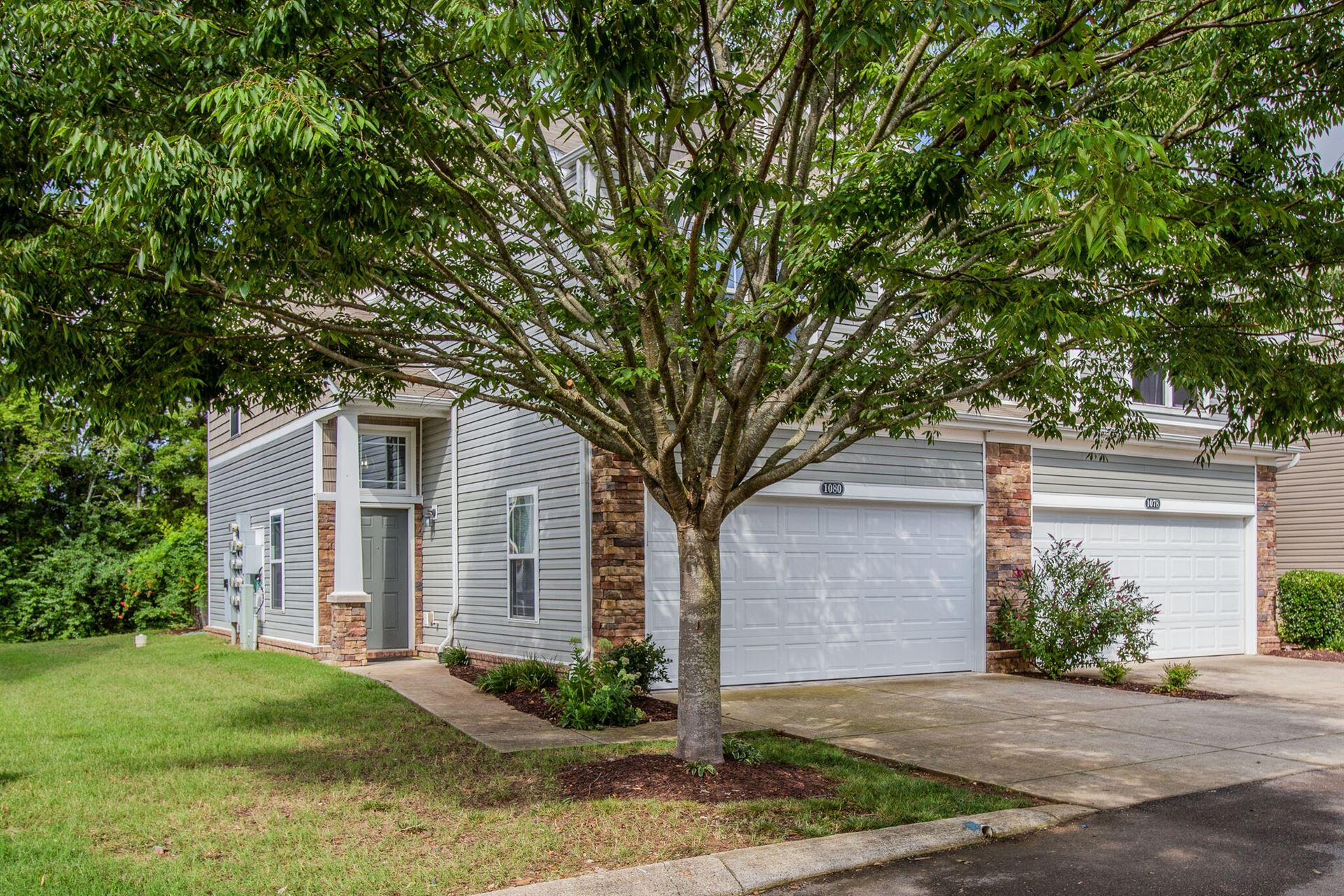 Photo of 1080 Somerset Springs Dr, Spring Hill, TN 37174 (MLS # 2168374)