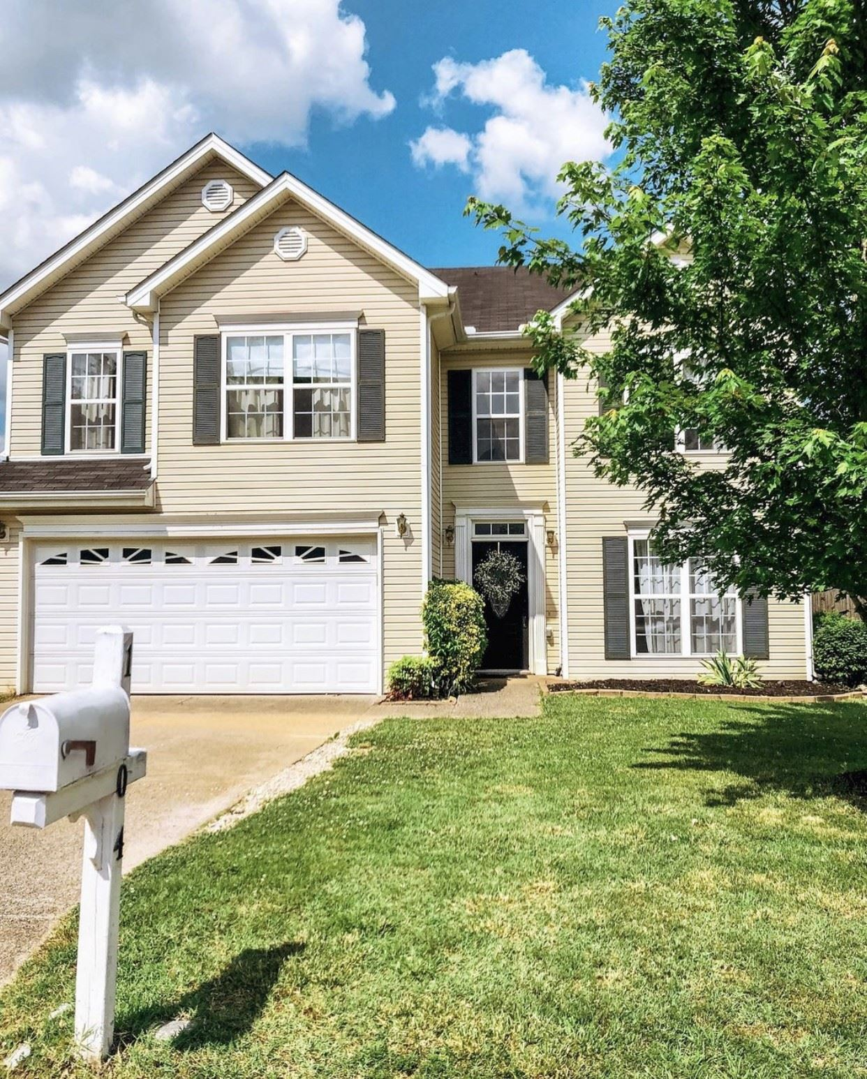 Photo of 1604 Harrison Way, Spring Hill, TN 37174 (MLS # 2232380)