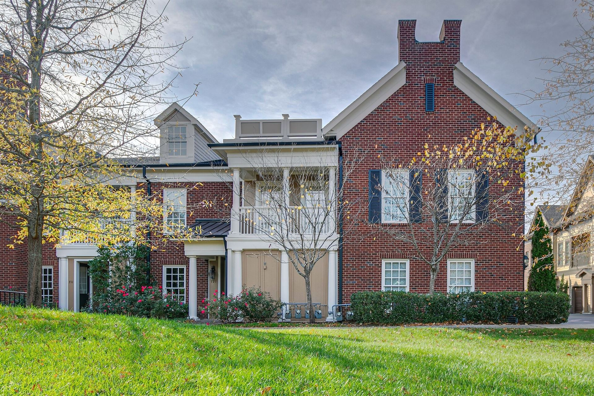 Photo of 723 Grant Park Ct, Franklin, TN 37067 (MLS # 2252380)