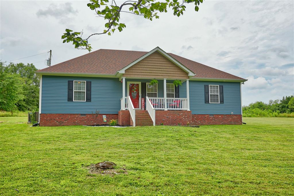 Photo for 3828 52E Hwy, Bethpage, TN 37022 (MLS # 2050388)