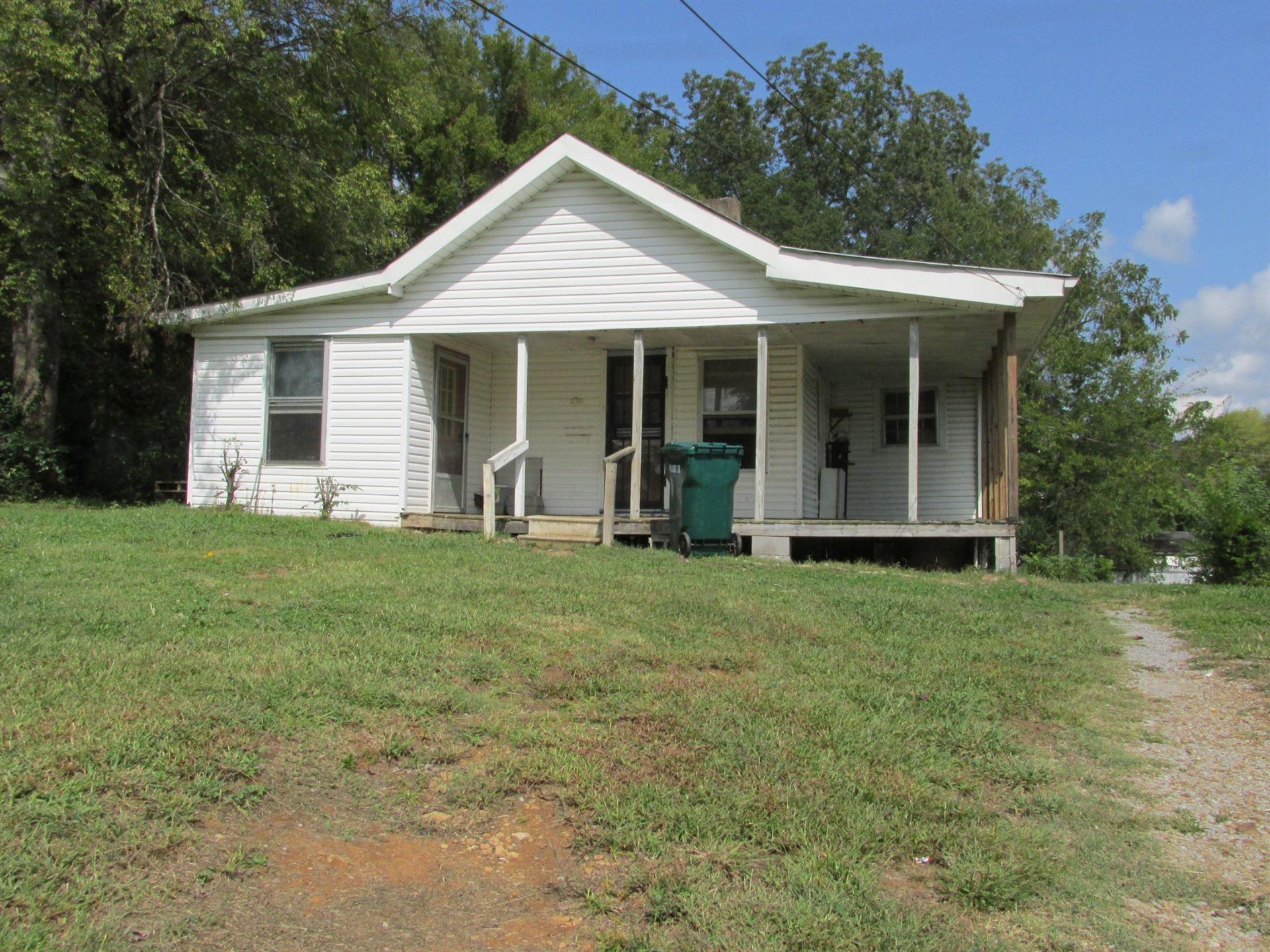 654 E Jefferson St, Pulaski, TN 38478 - MLS#: 2193397