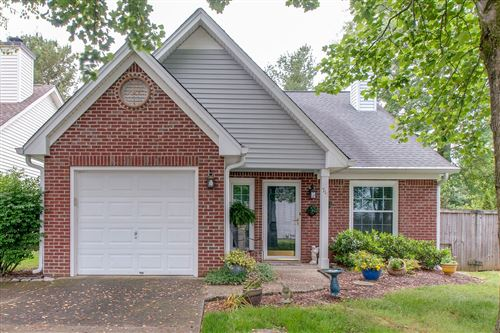 Photo of 715 Wayside Ct, Franklin, TN 37069 (MLS # 2153402)