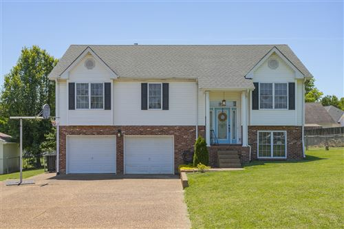 Photo of 3007 Quail Ct, Greenbrier, TN 37073 (MLS # 2156409)