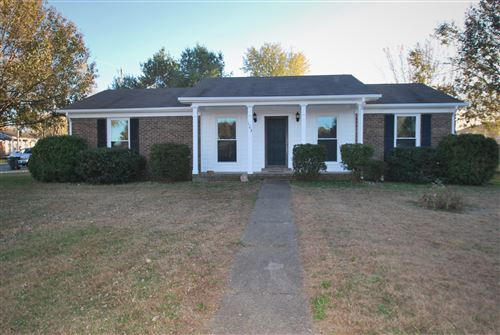 Photo of 103 RW Gordon Dr, Springfield, TN 37172 (MLS # 2099410)