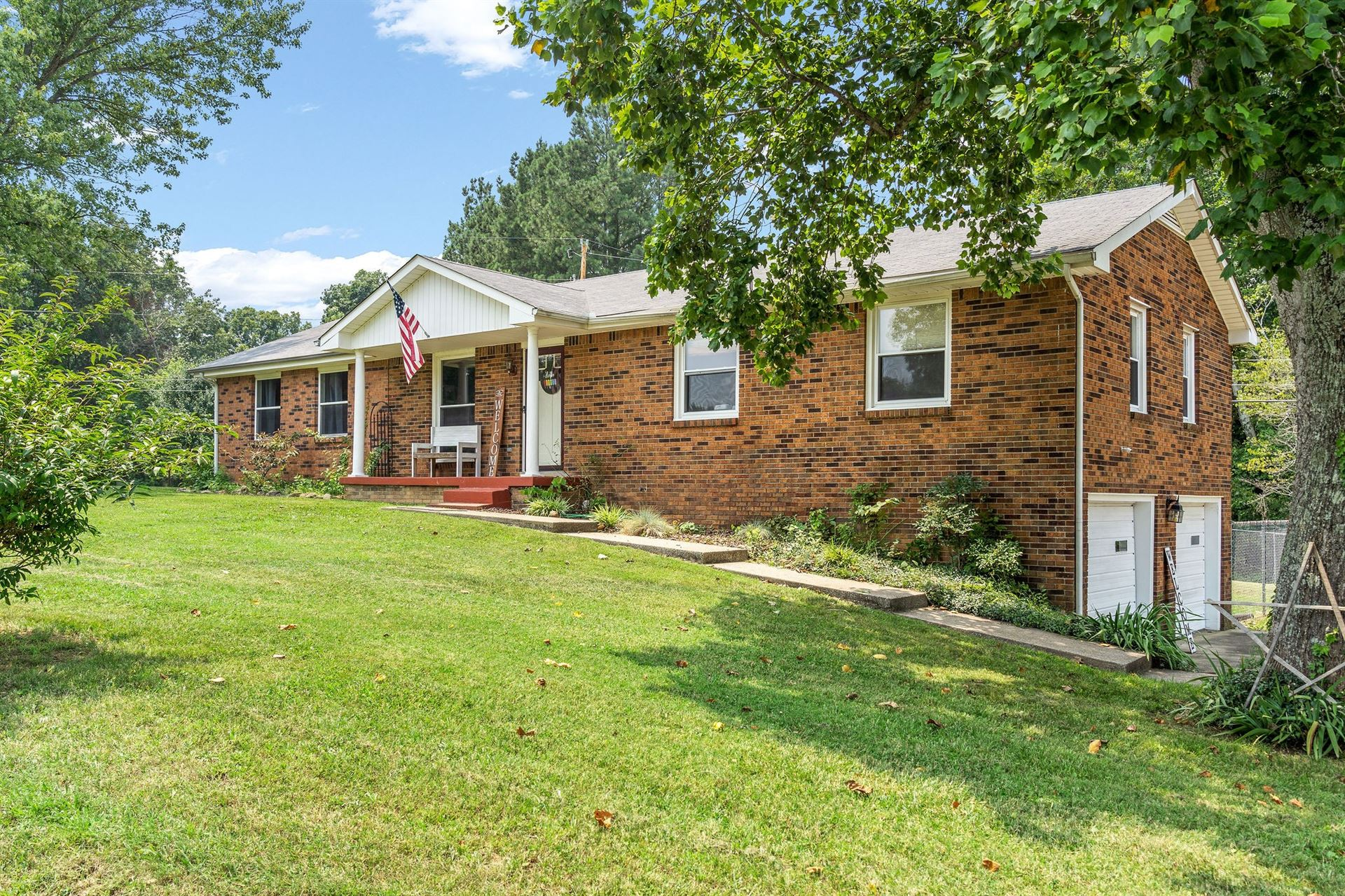 424 Hilltop Dr, Clarksville, TN 37040 - MLS#: 2275413