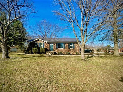Photo of 208 Meadow Ln, Portland, TN 37148 (MLS # 2231417)