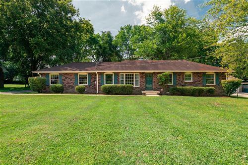 Photo of 118 East Drive, Hendersonville, TN 37075 (MLS # 2250427)