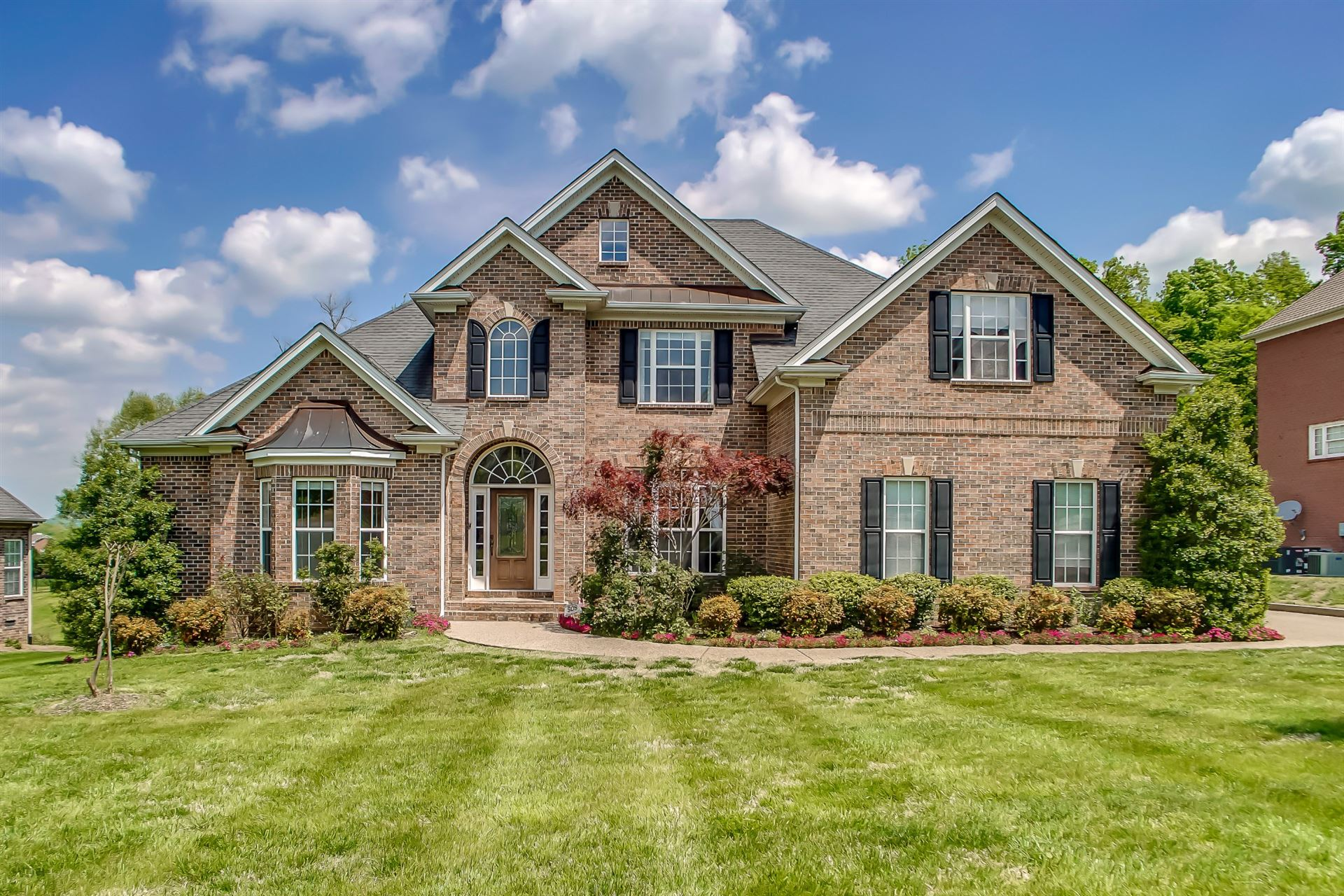 Photo of 2012 Valley Brooke Dr, Brentwood, TN 37027 (MLS # 2135430)