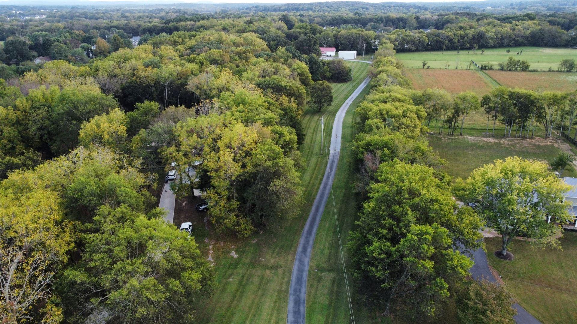 2101 Thompson Rd E, Murfreesboro, TN 37128 - MLS#: 2300431