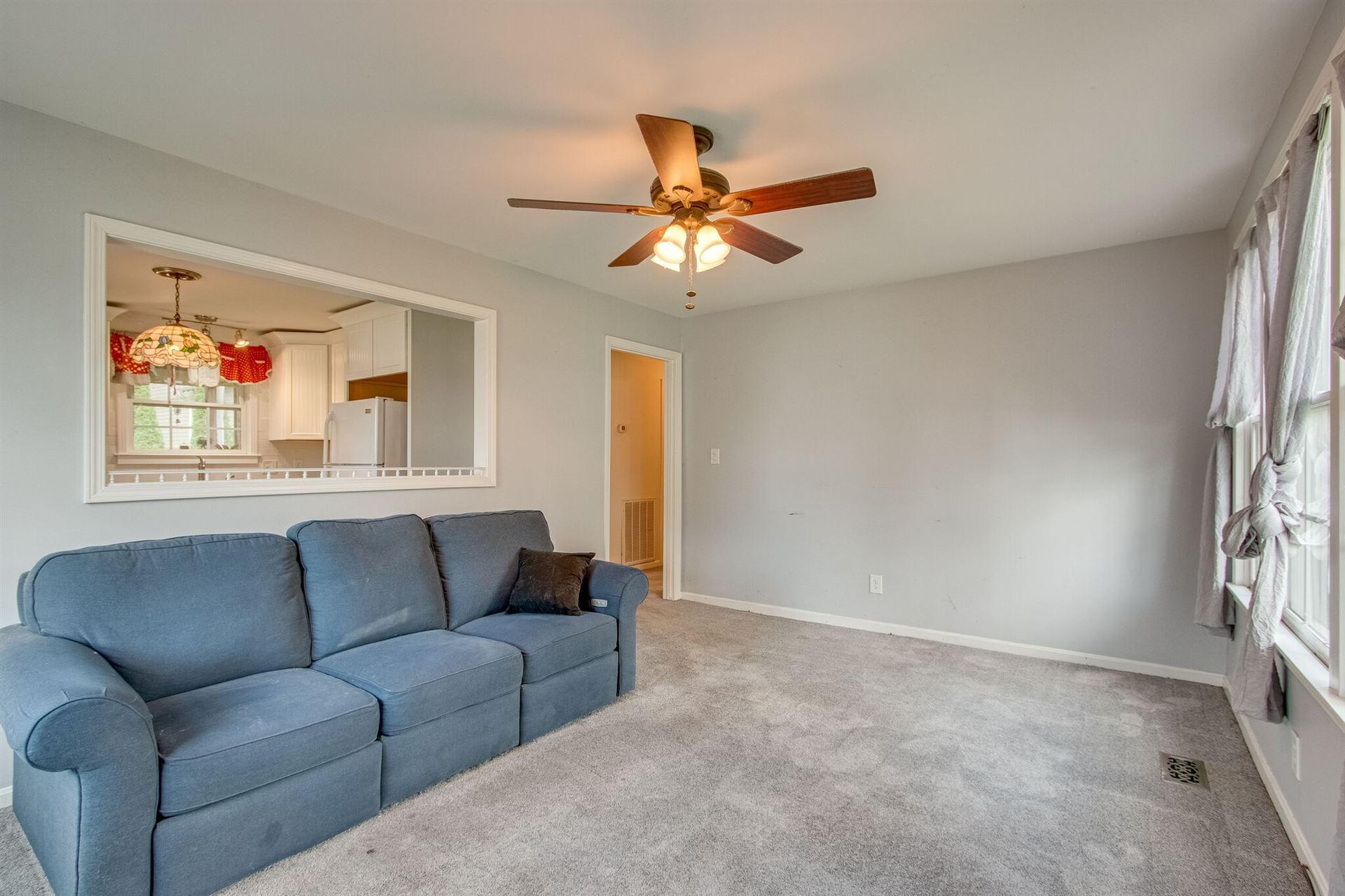 Photo of 419 Roberts St, Franklin, TN 37064 (MLS # 2283433)