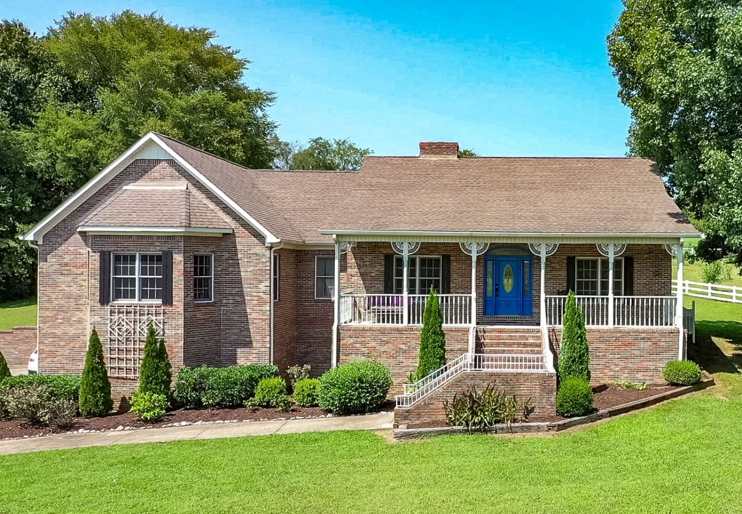Photo of 312 Lakeway Ter, Spring Hill, TN 37174 (MLS # 2190437)