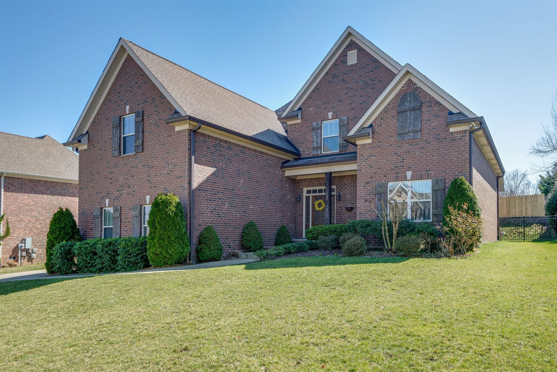 Photo of 1026 Nealcrest Cir, Spring Hill, TN 37174 (MLS # 2231437)