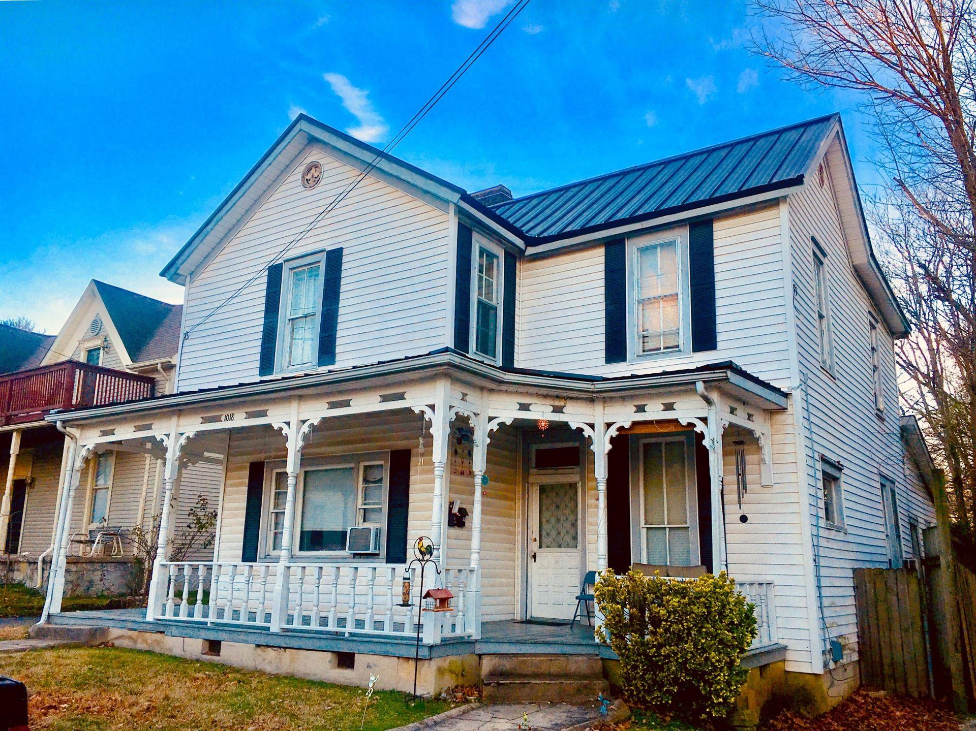 1018 S High St, Columbia, TN 38401 - MLS#: 2297444
