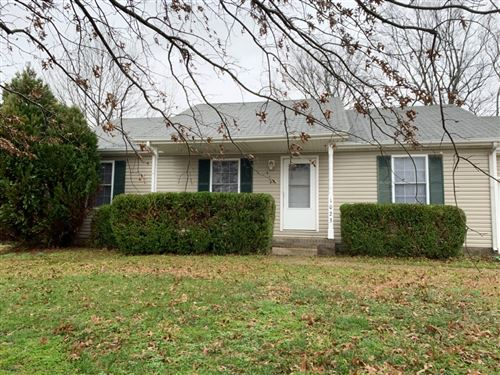 Photo of 1023 Waterford Ct, Clarksville, TN 37040 (MLS # 2115464)