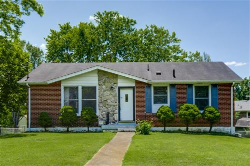 Photo of 318 Melissa Dr, Goodlettsville, TN 37072 (MLS # 2155465)