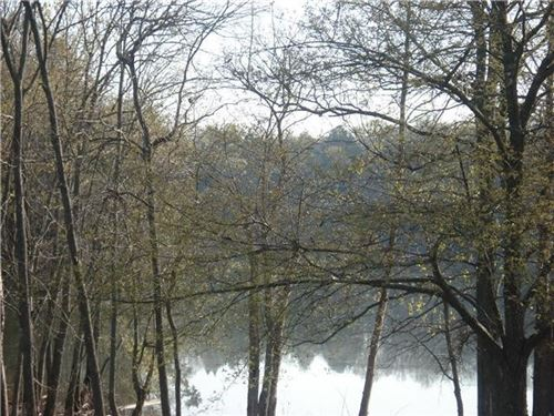 Photo of 0 Bluff Dr, Lebanon, TN 37087 (MLS # 2200465)