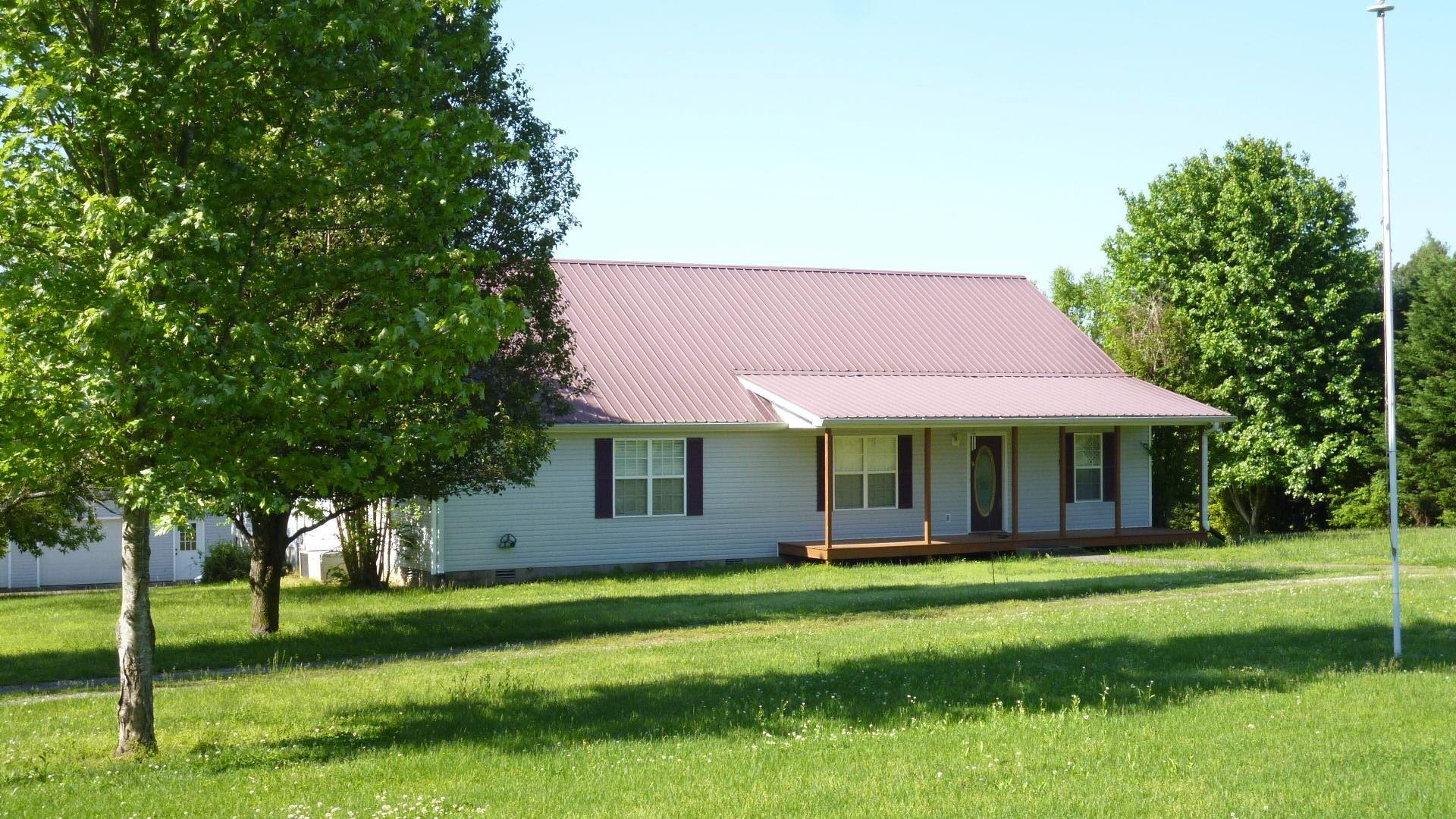 1250 Meeks Cemetery Rd, Burns, TN 37029 - MLS#: 2251465