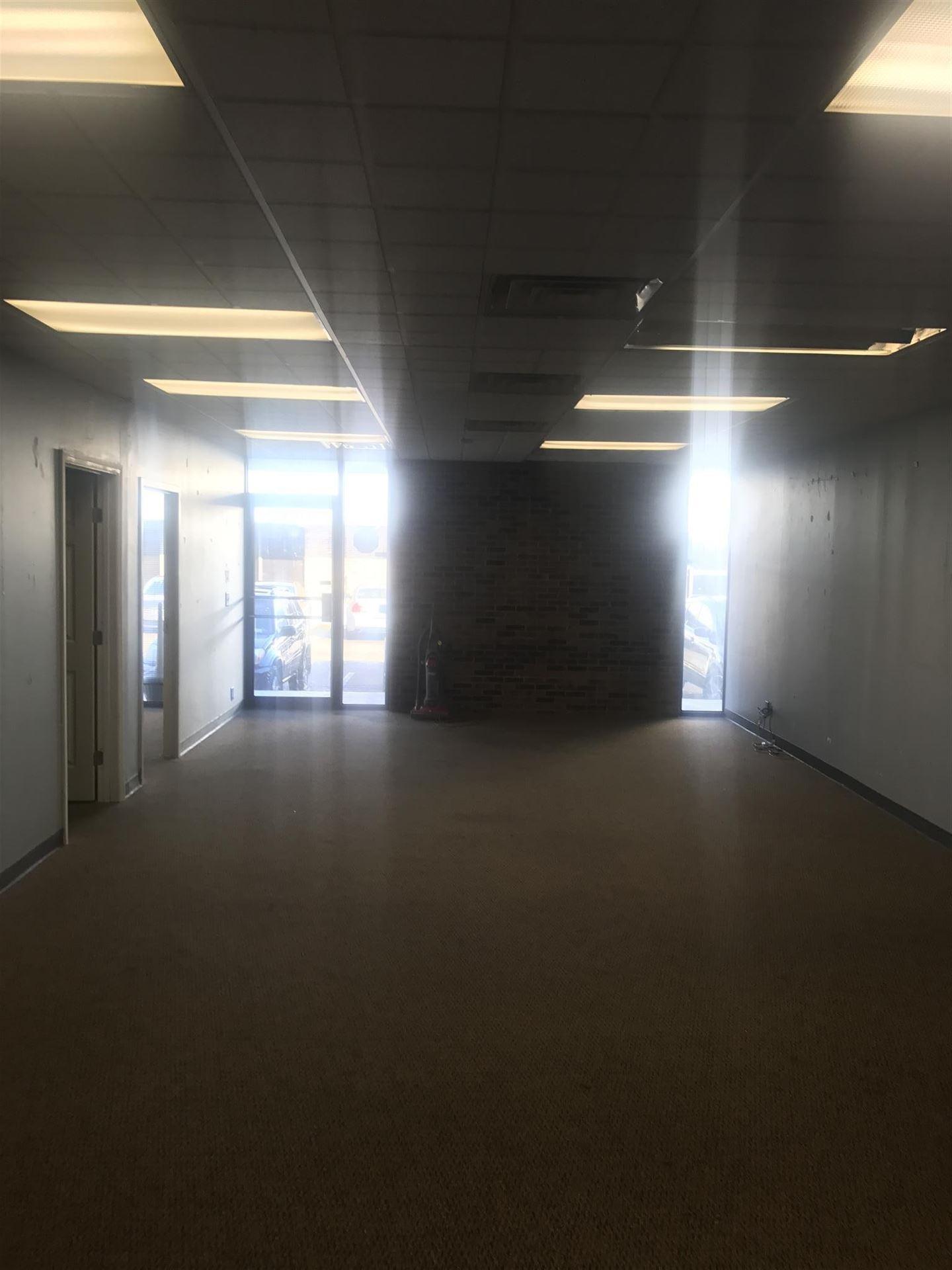 Photo of 907 Rivergate Pkwy E-4, Goodlettsville, TN 37072 (MLS # 2252465)